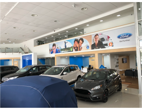 SHOW ROOM Y TALLER FORD...